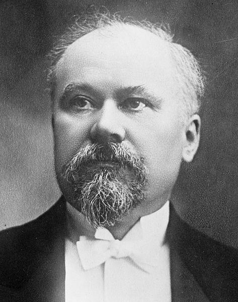 473px-Raymond_Poincaré_1914